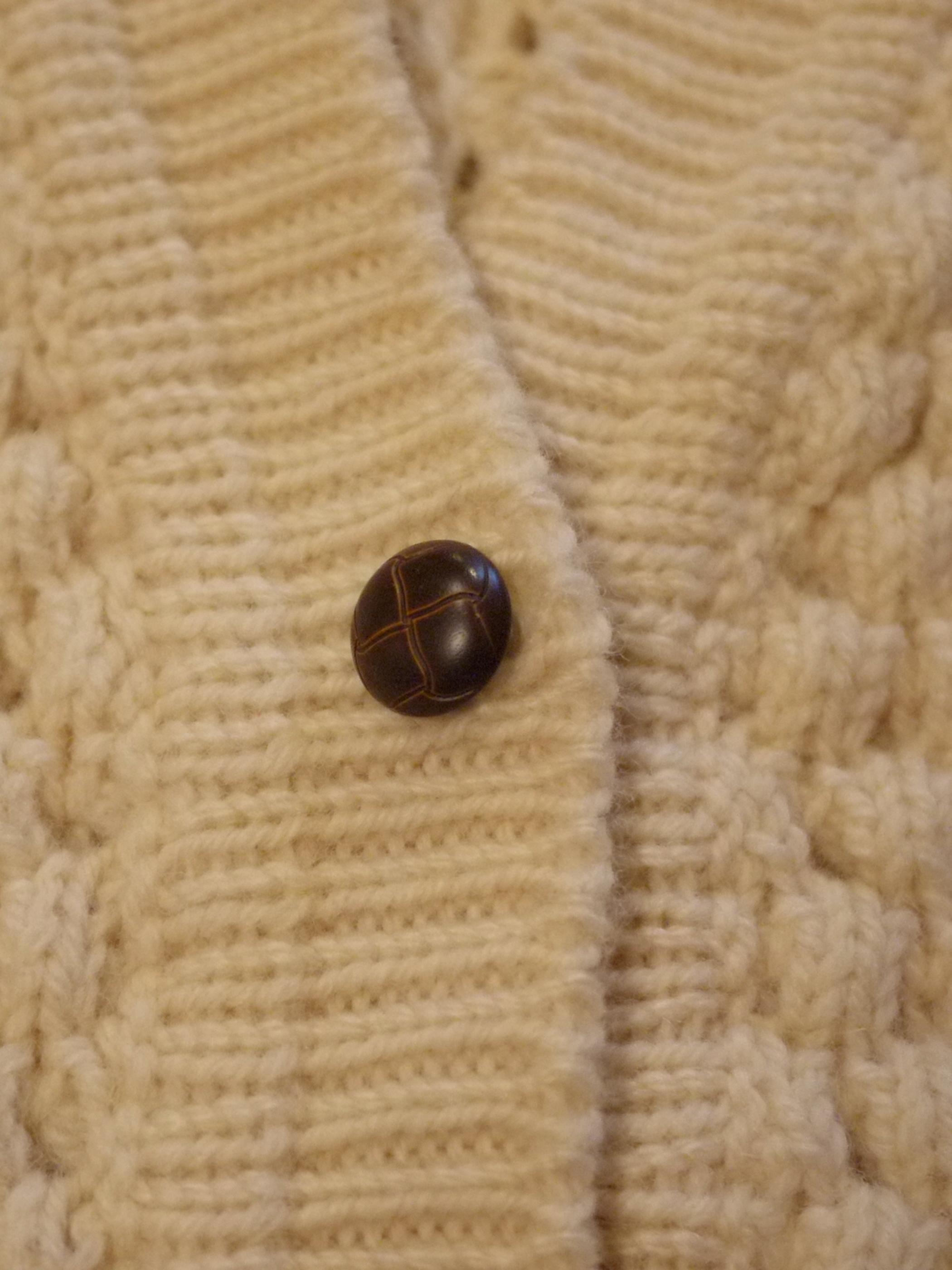 Fisherman knit vest