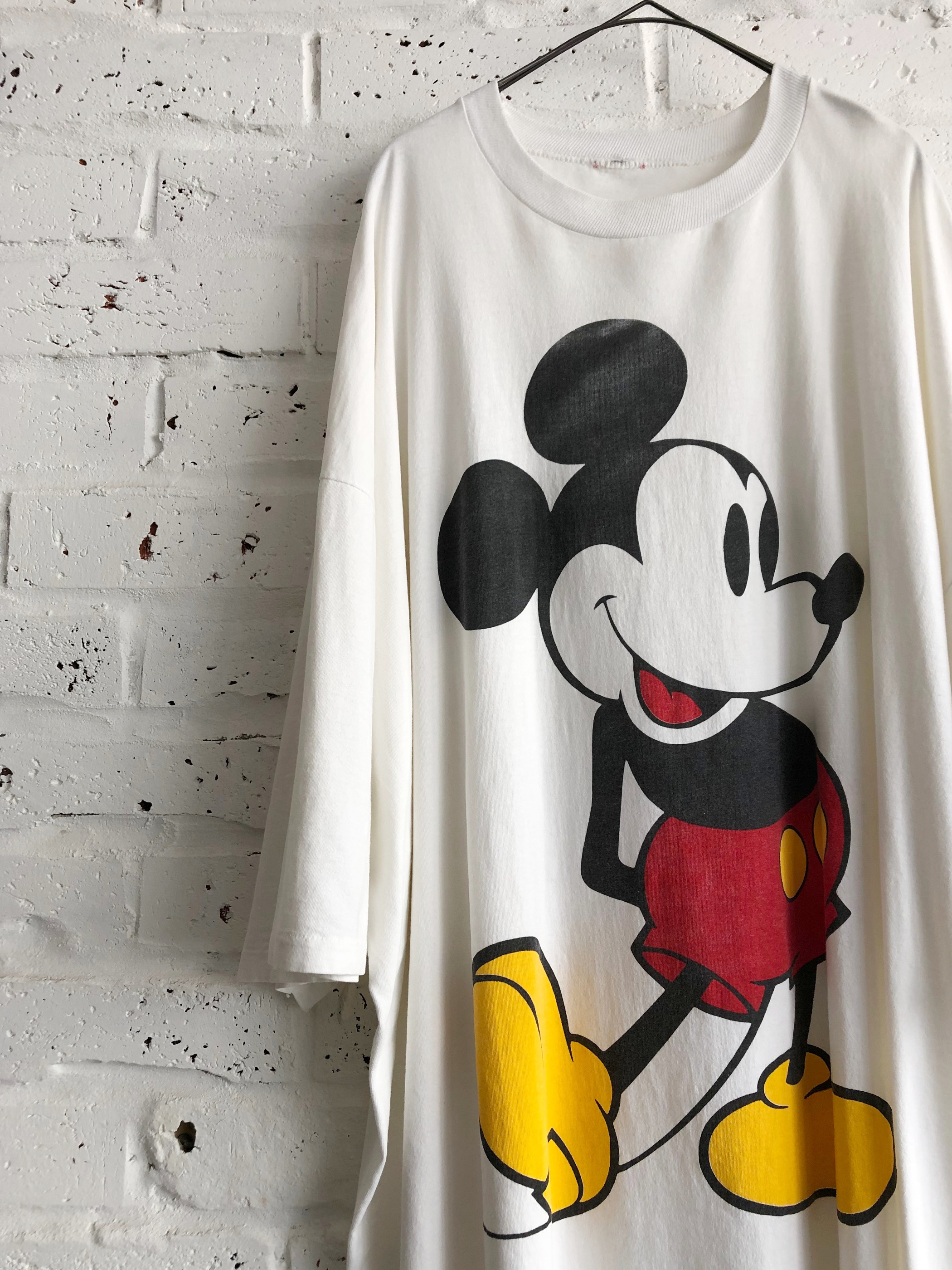 Vintage 90's Super Over Size Big Mickey Mouse Print T-shirt