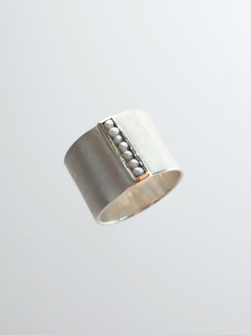 Si dotted line ring 1