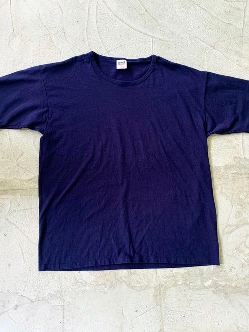 1990's Dead stock over size t-shirt Navy color Made in USA