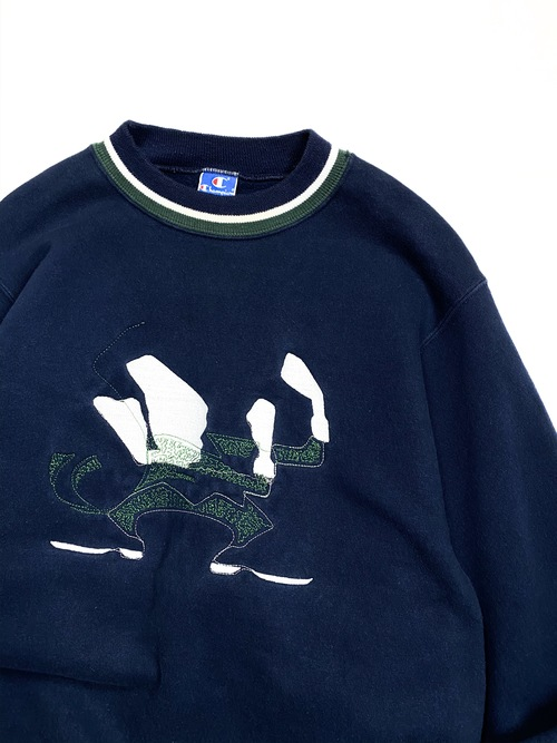 90's champion embroidery sweat