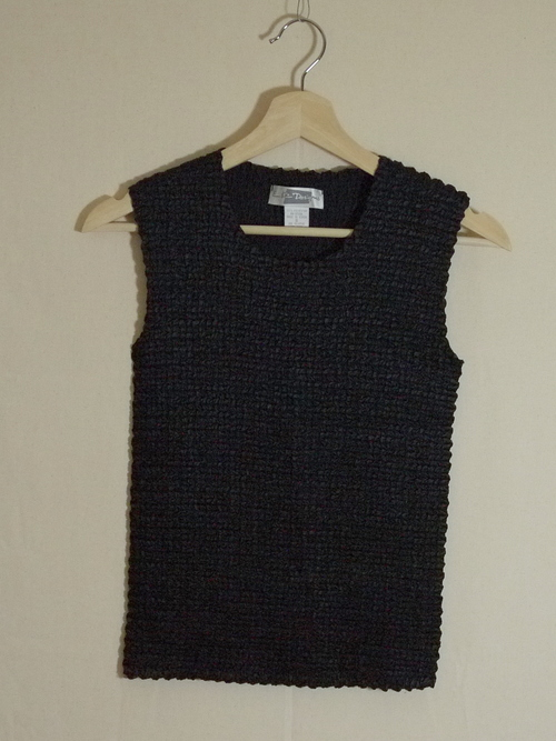 E.K.Designs Sleeveless Tops SizeS
