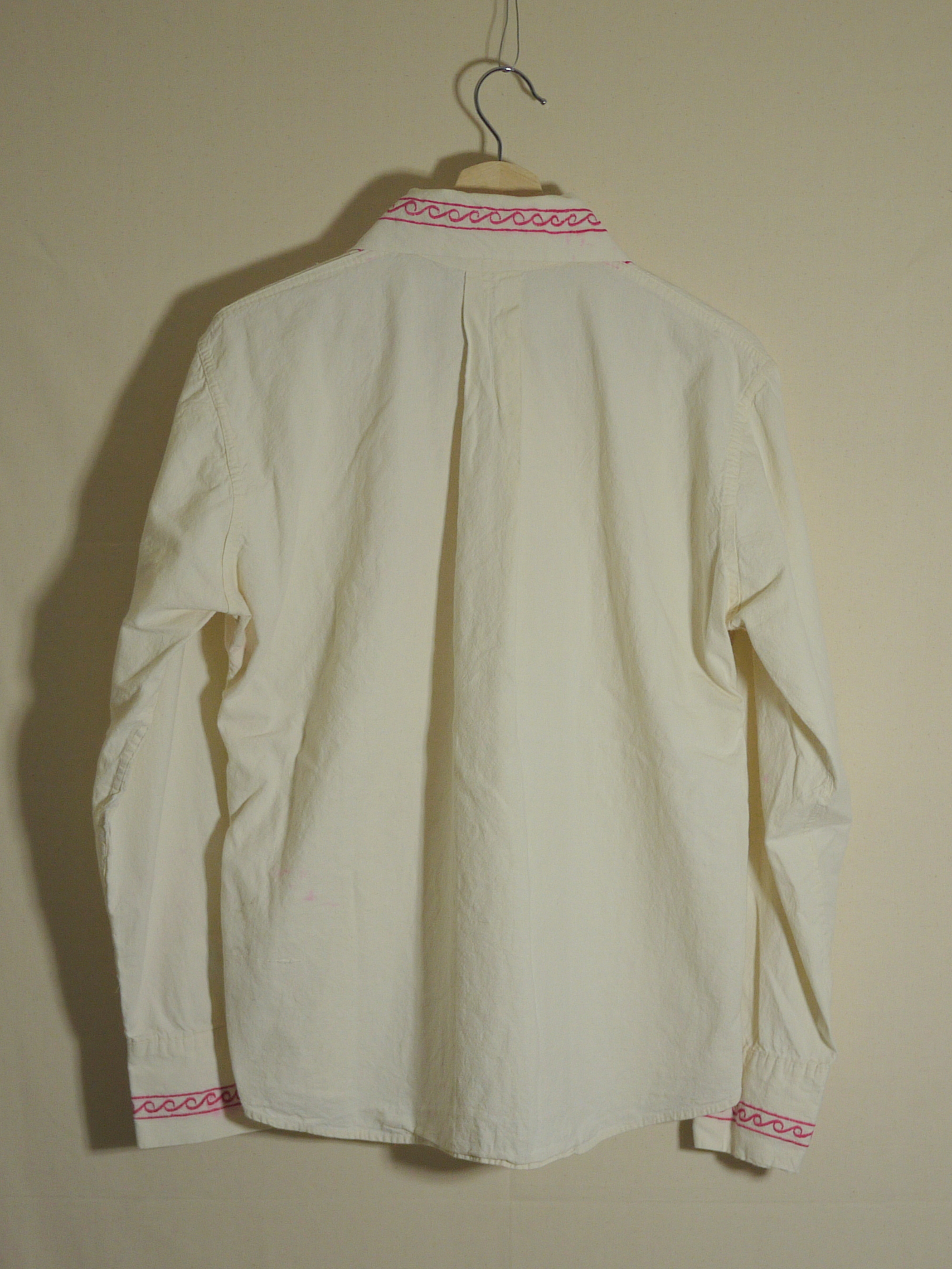 Embroidery shirt