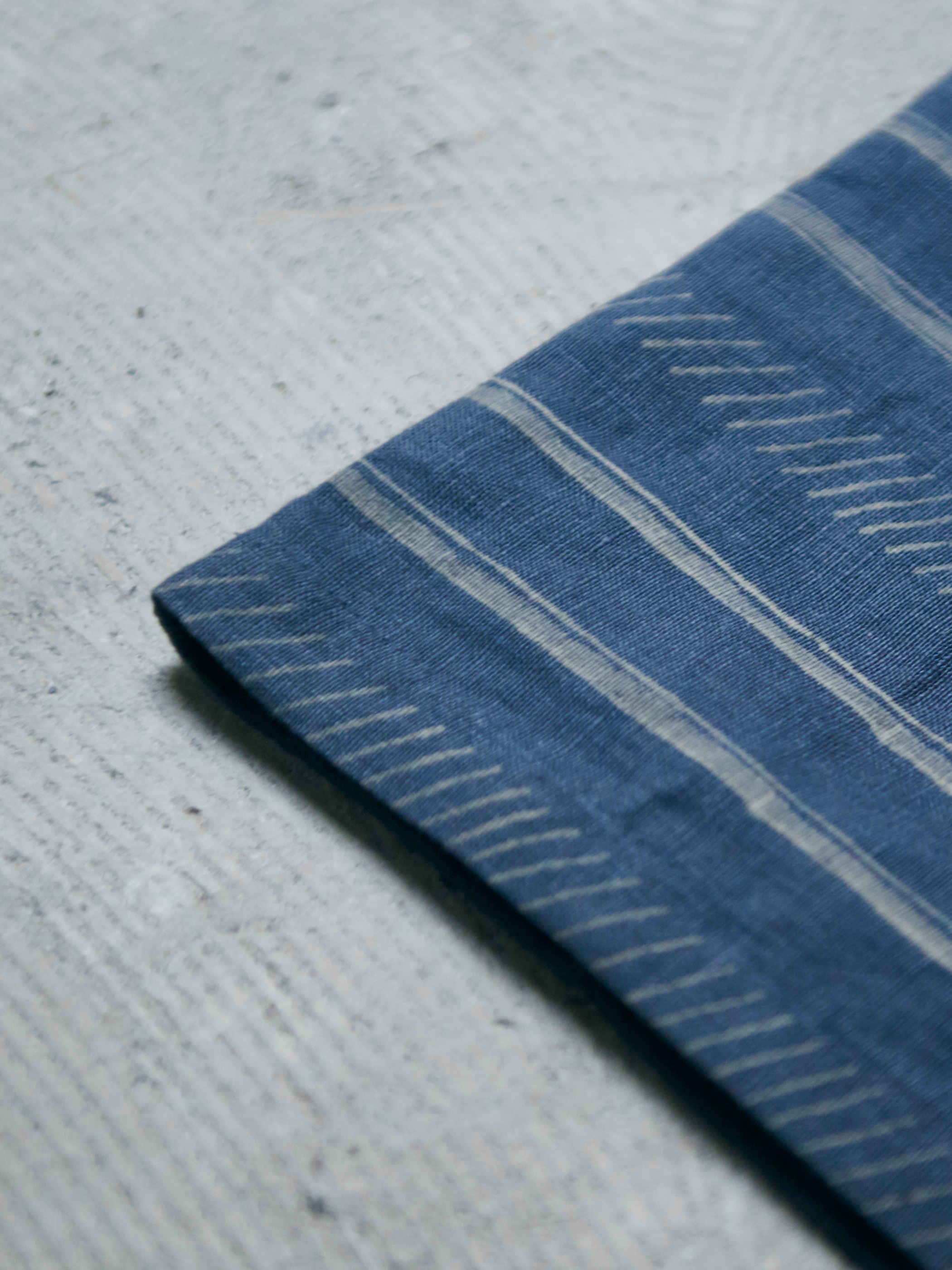 Trail Pillow Cover - Navy -