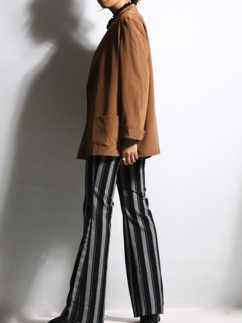 Sleeve slit design tailored jacket