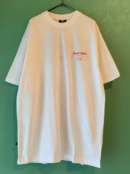 【NEW】 SWEET SKTBS 90s Loose Deli