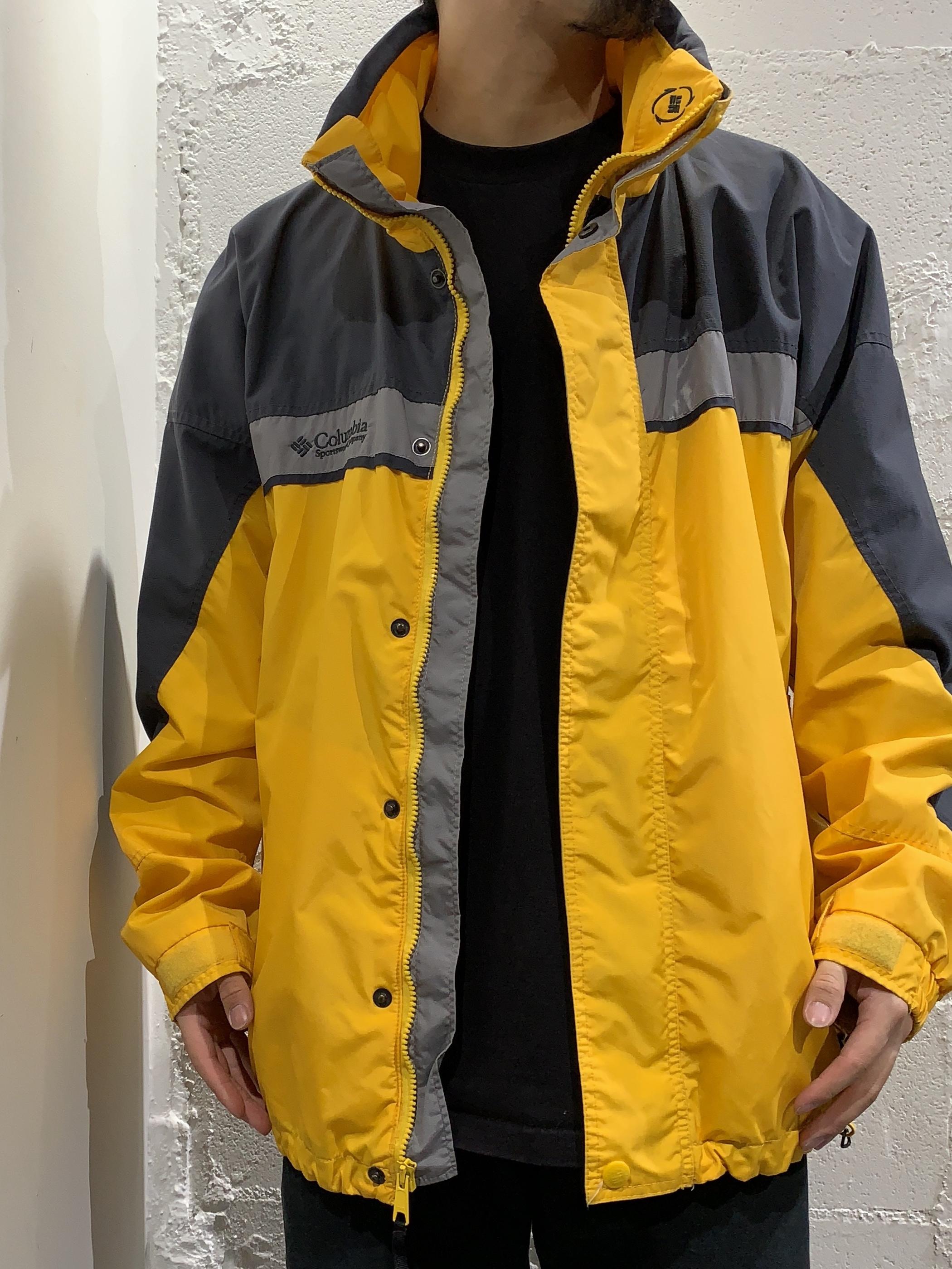 90's Columbia nylon jacket