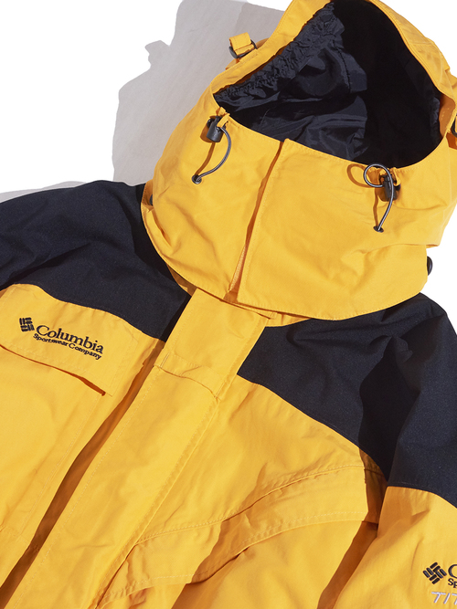 "1990s ""Columbia"" OMNITECH nylon shell jacket -YELLOW×BLACK-"
