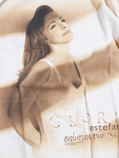 """1990s """"GLORIA ESTEFAN"""" print tee -ECRU-"""