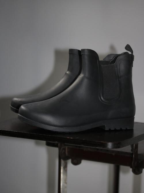 Dead stock MAGELAN Outdoors Rain Boots