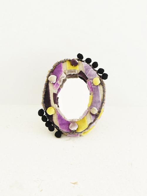 Frame+mirror+velvet+purple1