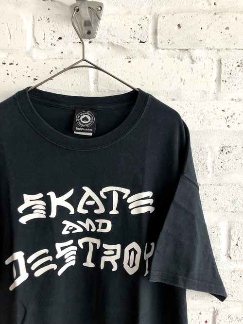 "THRASHER ""SKATE AND DESTROY"" 00's T-shirt"