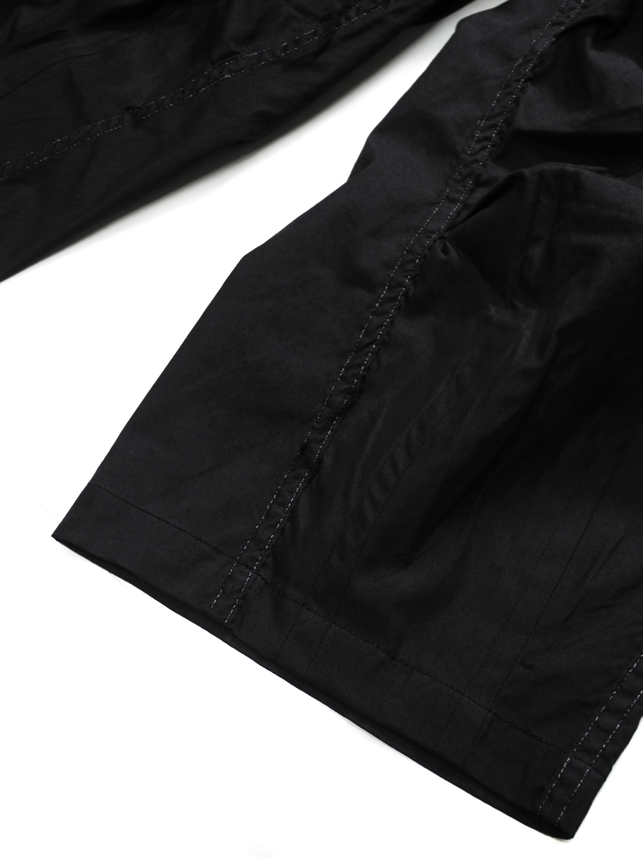 [REMAKE PRDUCTS] DEADSTOCK US ARMY SNOW CAMO PANTS CROPPED TAPERED DEEP BLACK