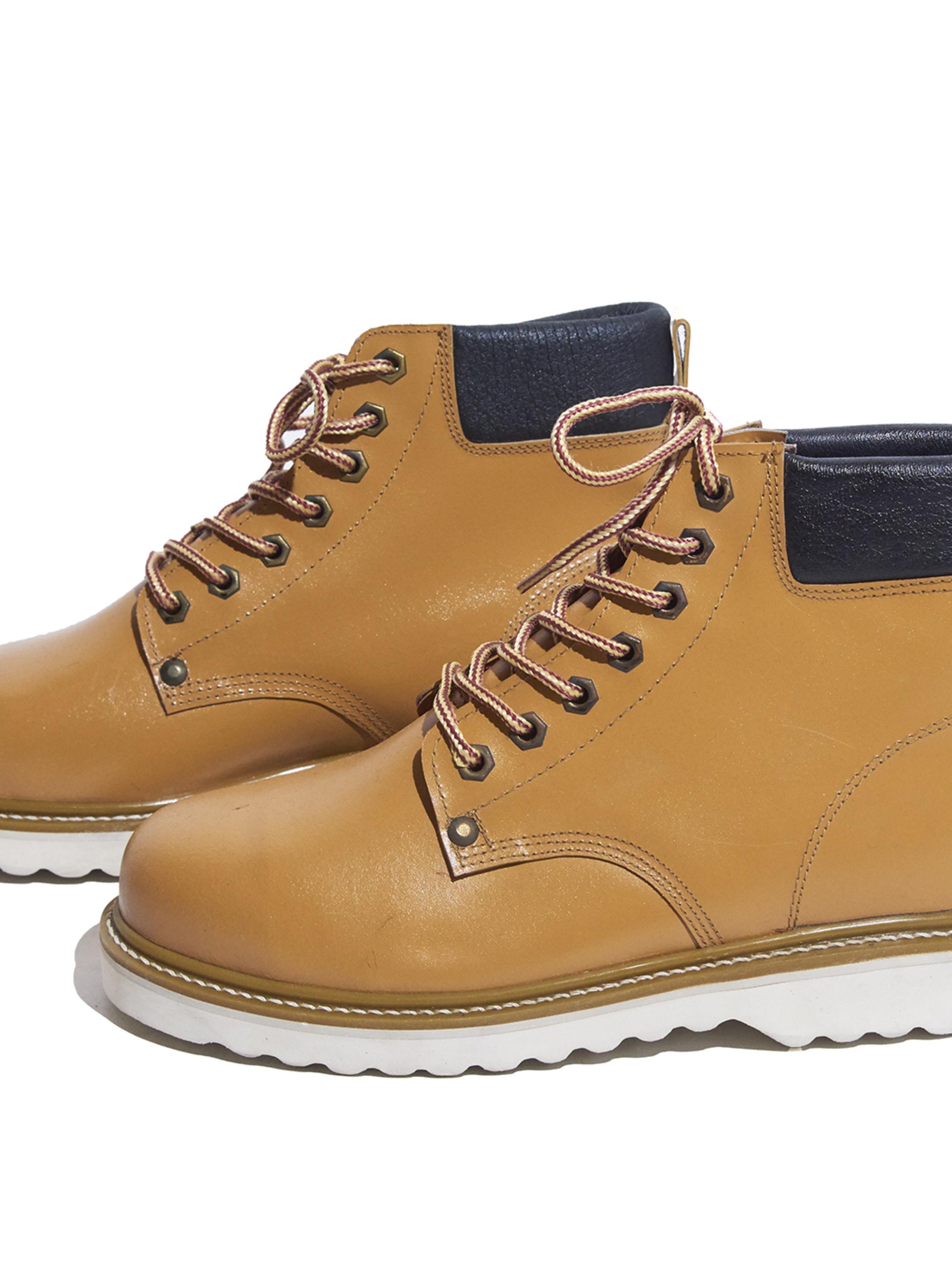 "1990s ""MACHOMAN"" leather work boots -CAMEL-"
