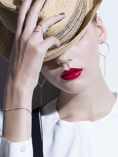 BALLOON Pierced Earring
