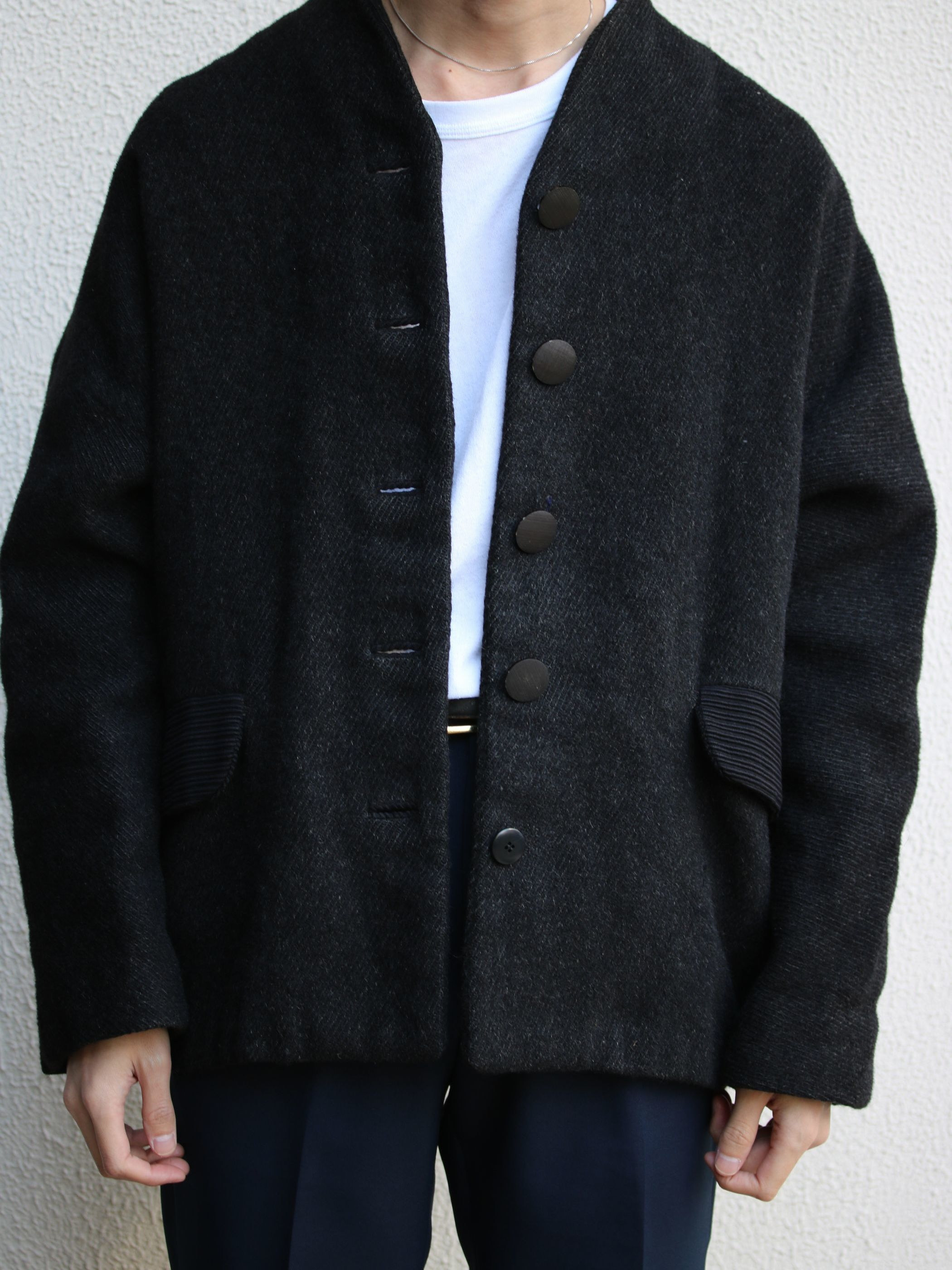 1960-70s / No collar jacket