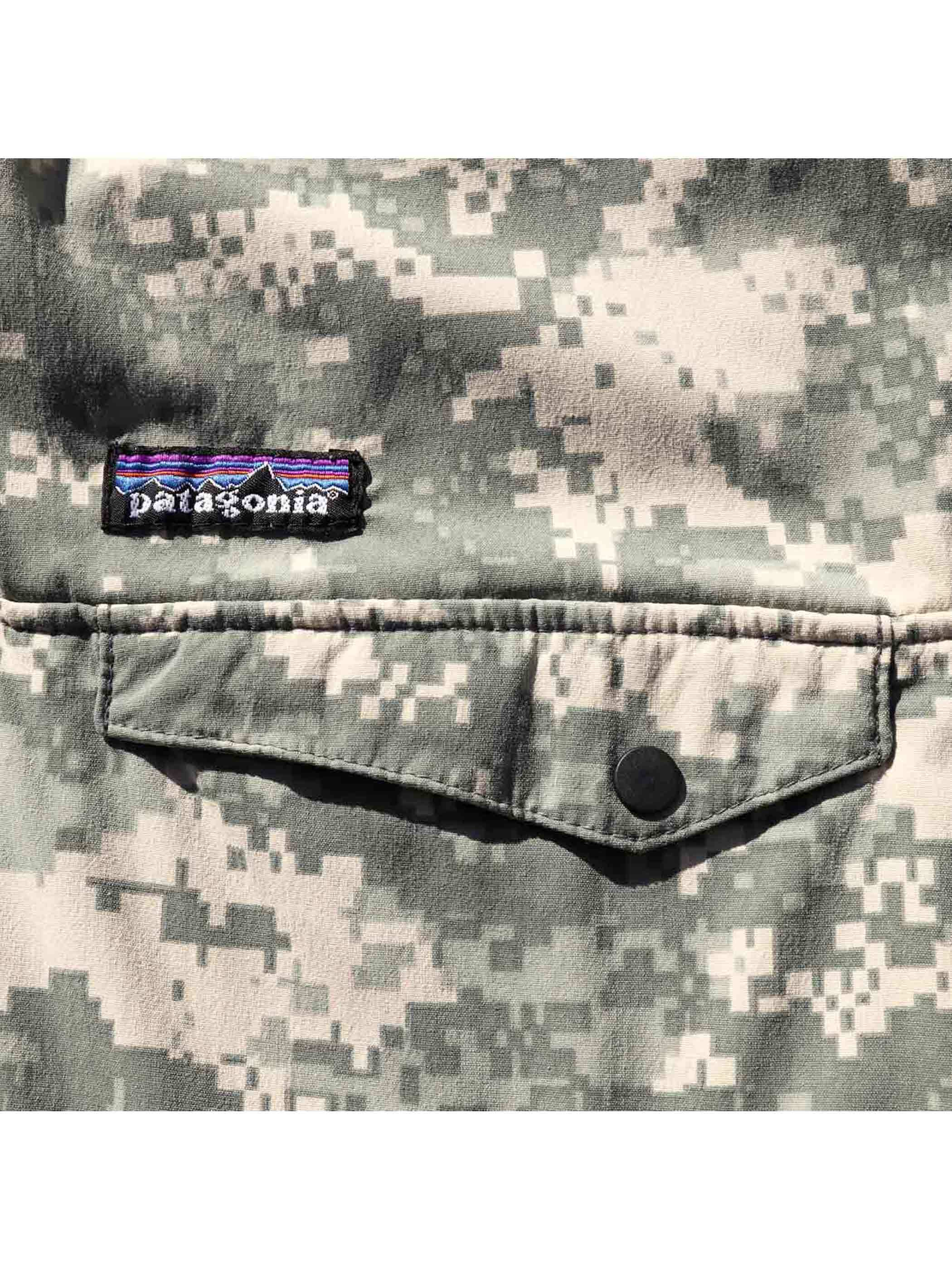 """00's PATAGONIA """"ACU DIGITAL CAMO"""" Reversible Snap-T Special [About L]"""