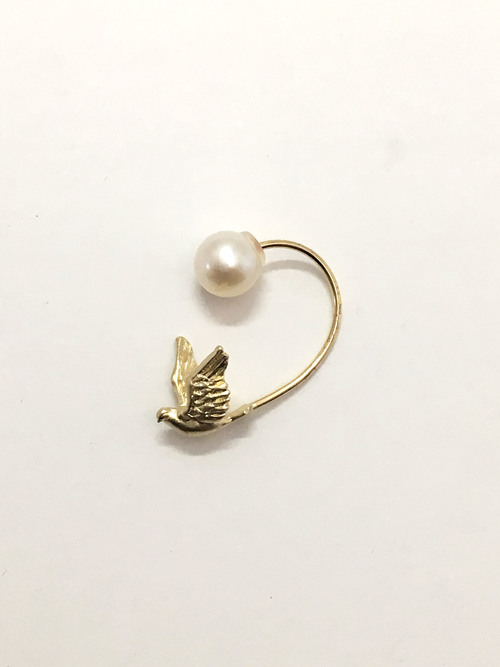 BIRD SWING PIERCED EARRING
