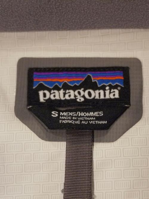 patagonia Mountain parka SizeS