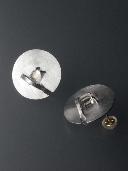 %e2%97%8fzipper earrings quartz 1