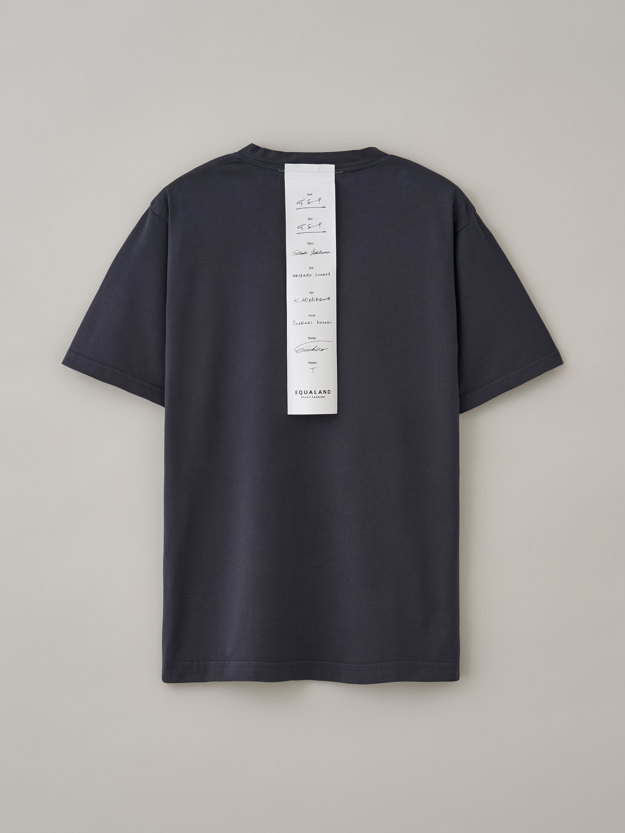 レディースVネックTシャツ #05バンブーチャコール