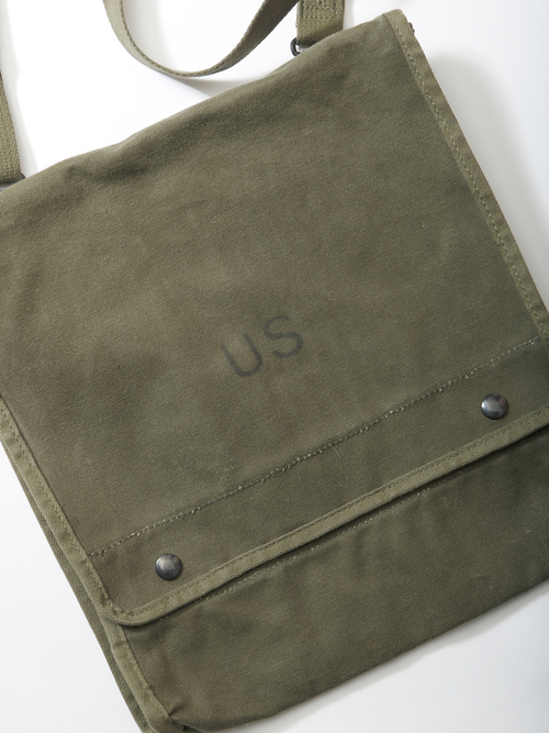 1970-80's USGI / Canvas Map and Photograph Case