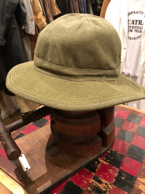 「BRACKETS」 original vintage fabric Hat