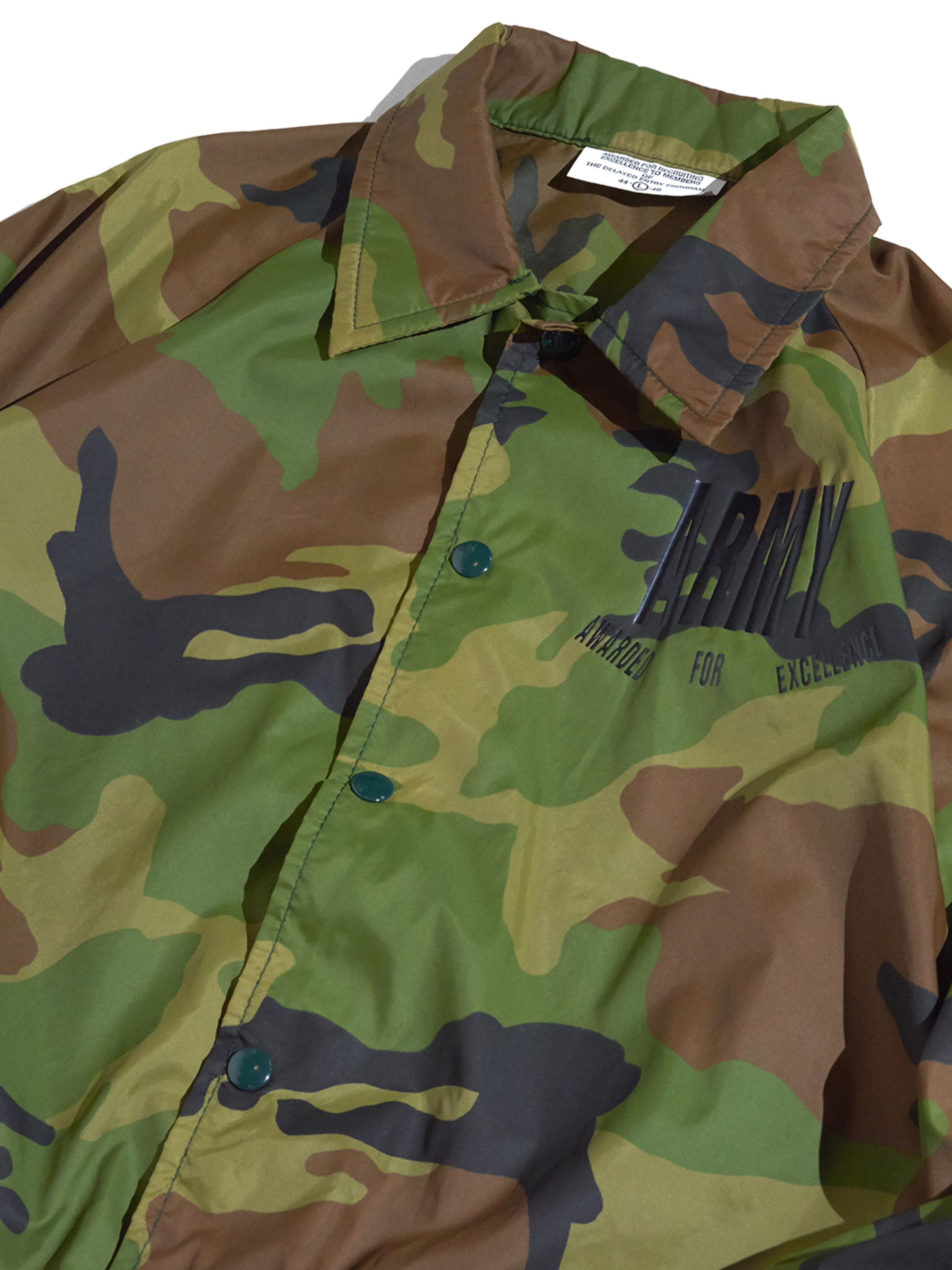 "2000s ""unknown"" pattern nylon coach jacket -WOOD LAND-"