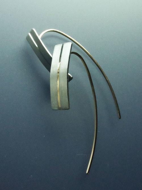 %e2%96%a0zipper earrings 1